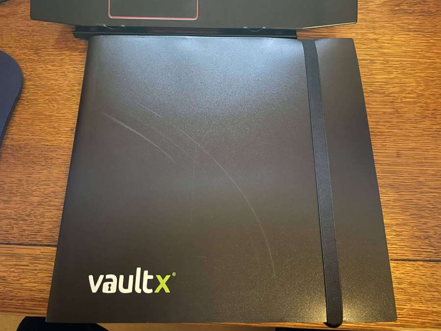 VaultX 12 Sleeve Card Binder